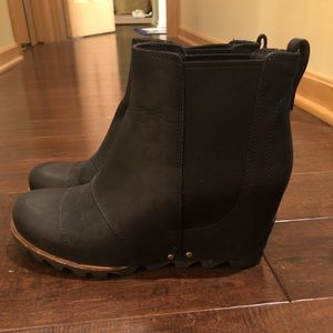 Sorel blank wedged boots